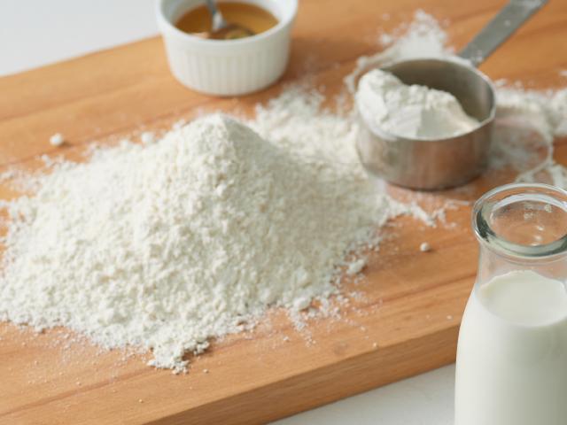 小麦粉等の素材